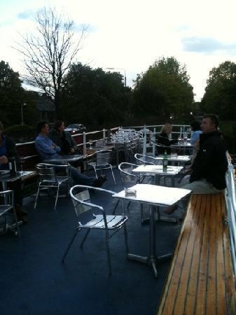 La Peniche: up on deck