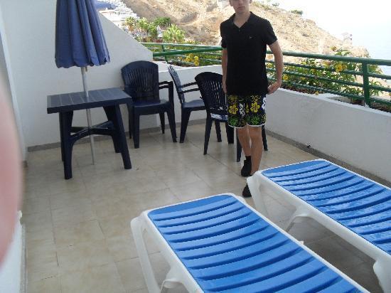 Apartamentos Palmera Mar : balcony
