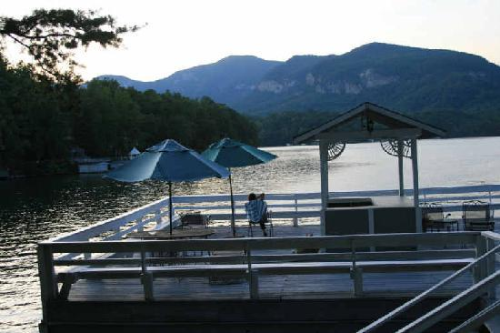 The Lodge on Lake Lure: Relaxing at the boat house