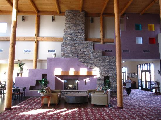 Moenkopi Legacy Inn & Suites: lobby