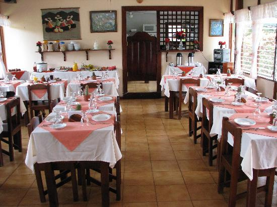 Hotel La Rosa de America: Our Breakfast area and morning buffet