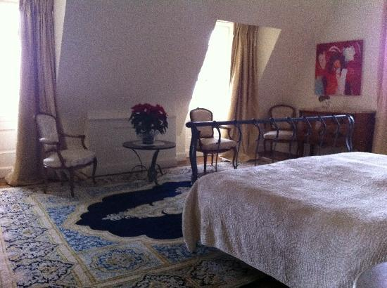 Chateau Bellevue: Our room
