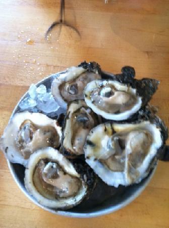 A W Shucks Seafood Restaurant & Oyster Bar: oysters