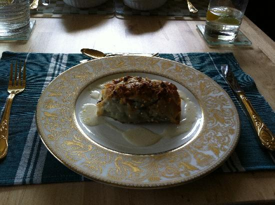 Milltown, UK: spinach, walnuts and stilton in filo pastry