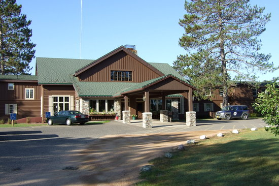 Land O' Lakes, WI : Gateway Lodge