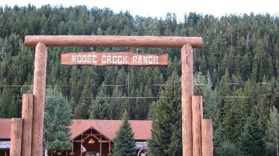 Moose Creek Ranch: Entrance