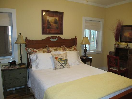 Over the Brim Inn: One of our rooms