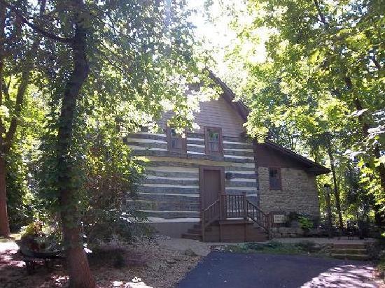Walnut Ridge: Back Again Cabin