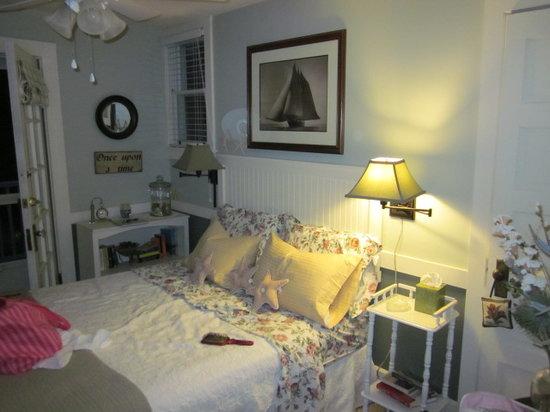 The Anchor Inn Boutique Hotel: The balcony / garden room