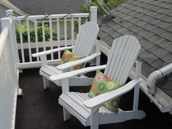 The Anchor Inn Boutique Hotel : Balcony Chairs