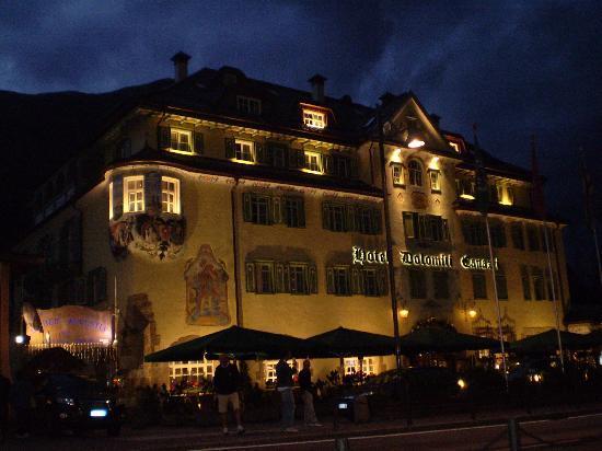 Canazei, Italia: L'hotel di notte