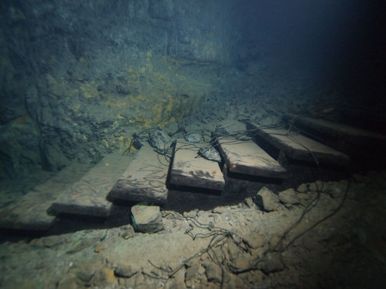 Bonne Terre Mine Tours - West End Diving: old stairs - underwater