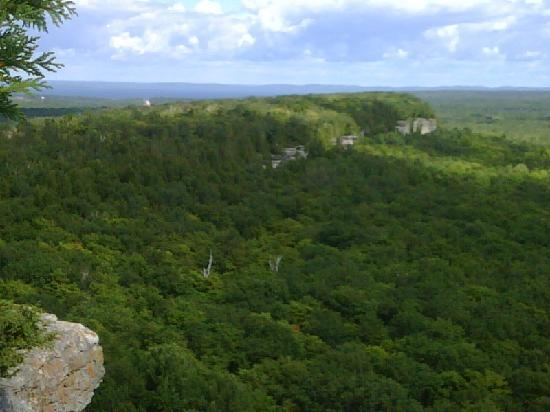 Cup and Saucer Trail : View x1