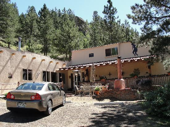 Front of Kokopelli Inn