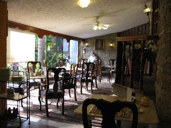 La Mansion del Sol: Dining area
