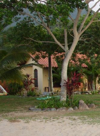 Tranquility Bay Beach Retreat: one of cabanas