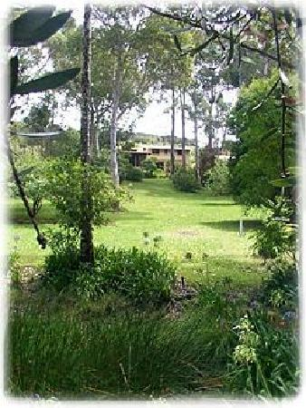 The Bawley Bed & Breakfast: View of The Bawley from road.