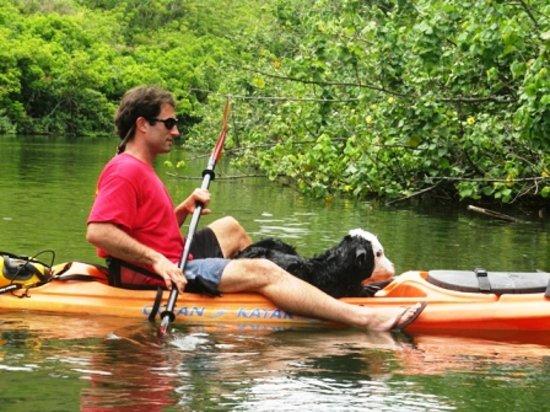 Kayak Adventures : Aaron to the rescue!