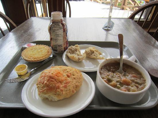 Cuisine Maligne maligne lake's view restaurant, jasper - restaurant reviews, phone