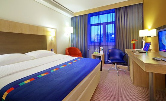Park Inn by Radisson: Standard KIng Size Room