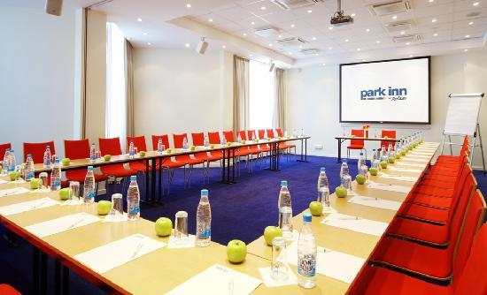 Park Inn by Radisson Ekaterinburg Hotel: Meeting Room