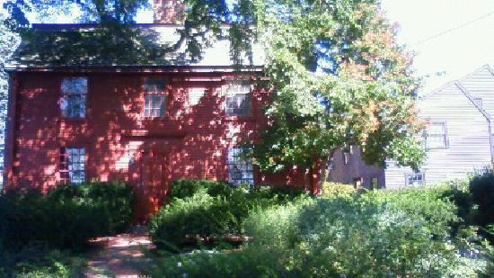 The House of the Seven Gables: Hawthorne'Birth House