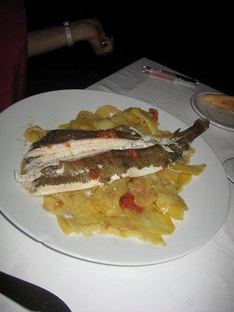 Xalet de Montjuic: Seabass with Gratin de Pomems de Terre