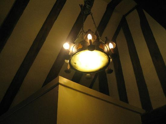 The George Hotel: Tudor Room - exposed beams