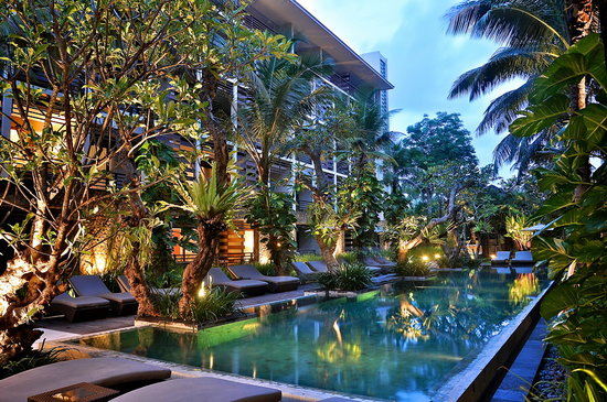 The Haven Bali: Poolside at night