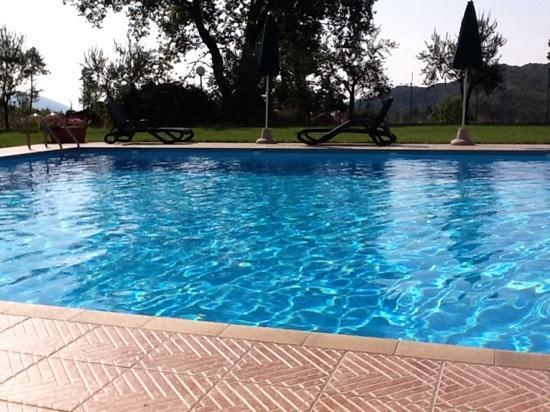 La Rossola : piscina