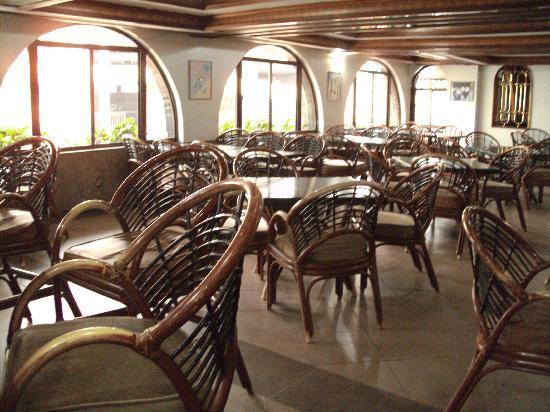 Marble Arch Hotel: RESTAURANT