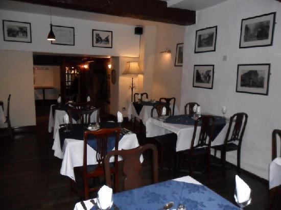Angel Hotel: Restaurant