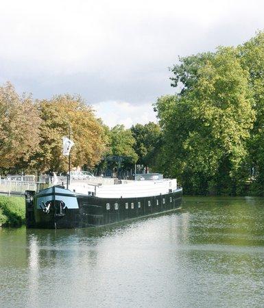 Peniche Lille Flottante-B&B Boat : Péniche Lille Flottante-B&B Boat