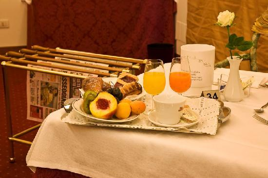 Best Western Park Hotel Continental: Sweet Breakfast