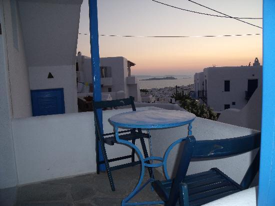 Myconian Inn Hotel: Vue de la terrasse