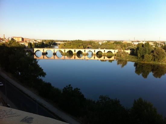 Zamora, Spain: Puente sobre el río Duero