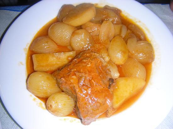 Babis : manzo stufato con cipolline