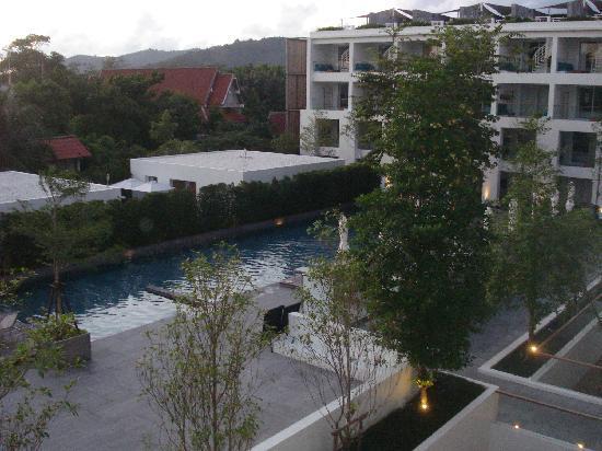 Nap Patong: Veduta piscina dalla nostra stanza