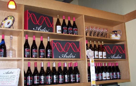 Ardiri Winery and Vineyards : Lots of wines...