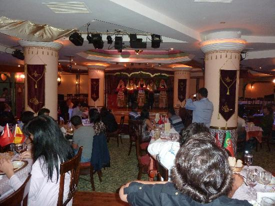 Sultana's Dinner and 1001 Nights Show: Danses anatoliennes...