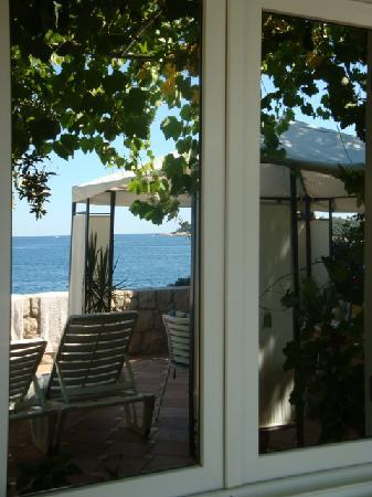 Apartments Neda: le reflet dans notre fenêtre...