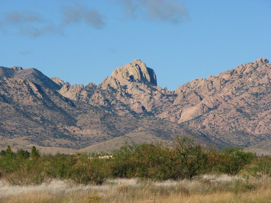 Cochise's Dragoon Mountains as you approach from Pearce