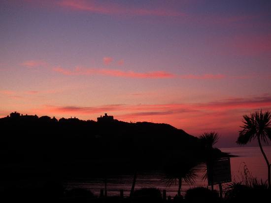 Madeira Hotel: Sunrise Over Pendennis Castle