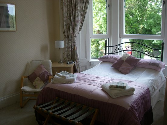 Thorncliffe Guesthouse: Front double bedroom