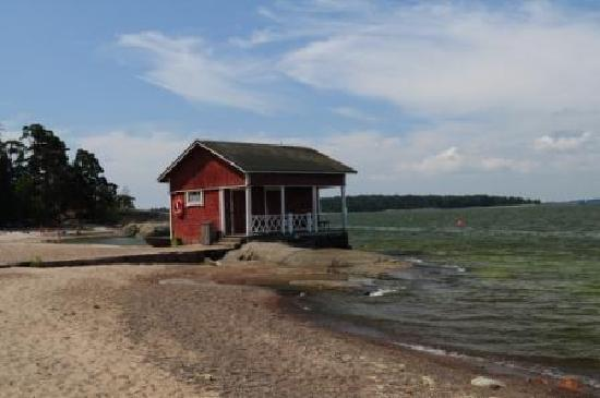 Pihlajasaari Recreational Park: beach