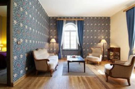Mooste Distillery Guest House: Mini suite by T.Ugandi