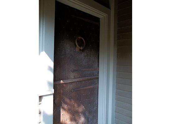 Stowaway Sweets: entry door