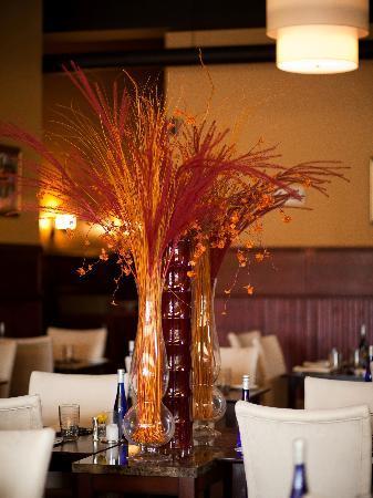 Hourglass Brasserie: Interior