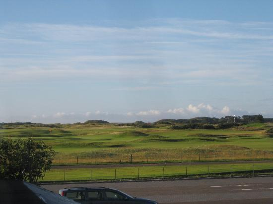 Linksview Guest House Carnoustie: View from room