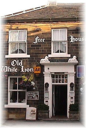 The Old White Lion Hotel Restaurant: The Old White Lion Hotel
